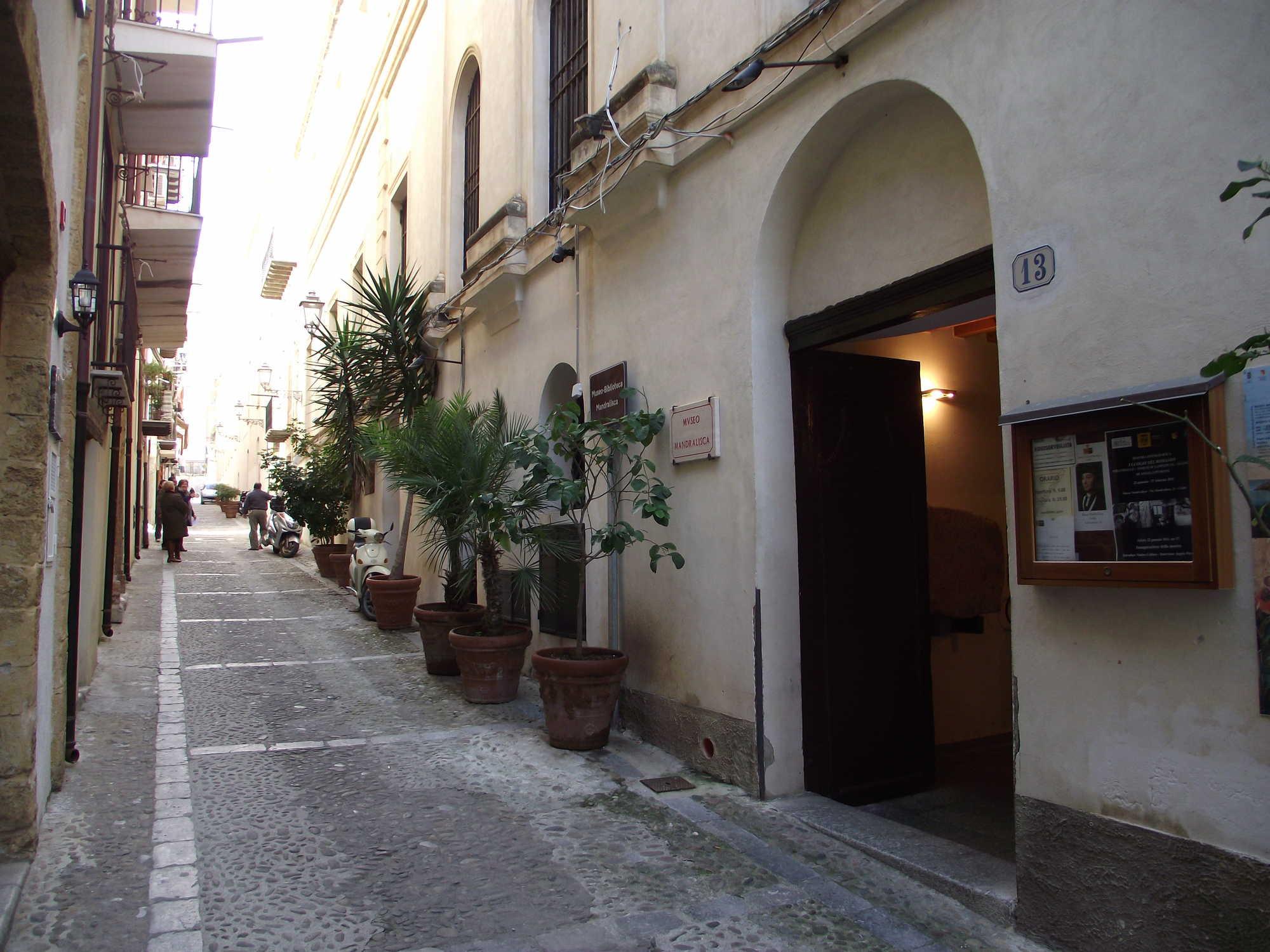 """Museo """"Mandralisca"""" di Cefalù"""